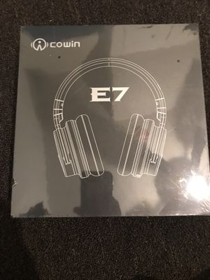Cowan e7 active noise canceling wireless Bluetooth over the ear headphones for Sale in Philadelphia, PA