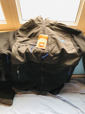 North face fleece jacket with hoodie for Sale in Berea, OH