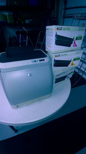 HP 2600n Color LaserJet Printer with print cartridges for Sale in Estero, FL