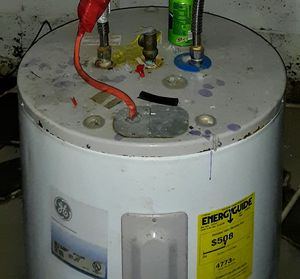 Electric water heater for Sale in Columbus, OH