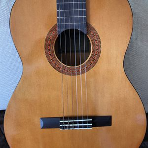Yamaha Classical Guitar for Sale in Los Angeles, CA