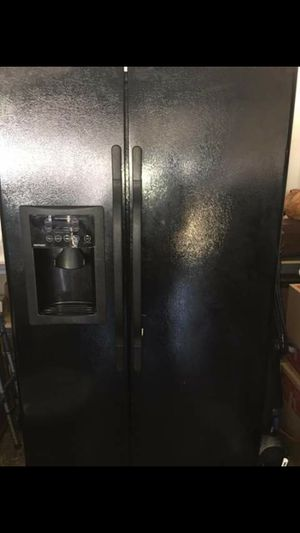 Refrigerator for Sale in Florissant, MO
