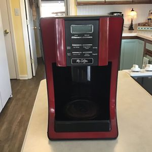 Mr Coffee 12 Cup Coffee Maker With Timer for Sale in Fort Walton Beach, FL