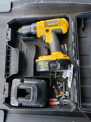 Dewalt 18v Drill for Sale in Valrico, FL
