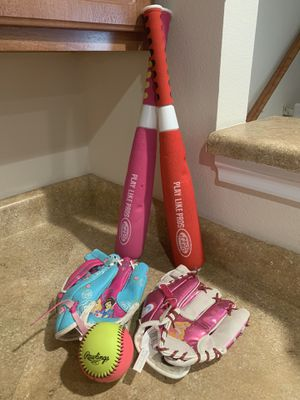 Girls Softball Bundle (410/Evers) ((Please Read All Info))240 for Sale in San Antonio, TX