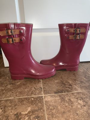 Women's rain boots for Sale in Yorkville, IL