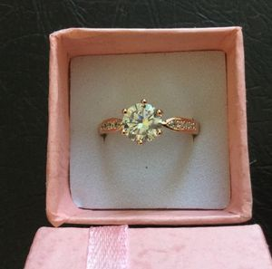 18K Rose Gold Engagement Ring. for Sale in Montgomery Village, MD