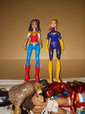 DC Wonder Woman & Bat Girl for Sale in Yucaipa, CA