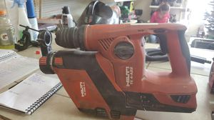 Hilti hammer drill with dust pan for Sale in Palmview, TX