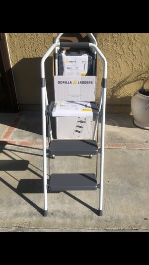 Brand new gorilla 3-Step ladder 225 lbs. Capacity white Steel Foldable Step Stool Firm $35 Each The Gorilla Ladders 3-Step Compact Steel Step Stool for Sale in Fontana, CA