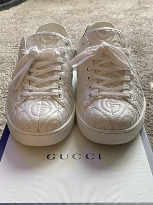 Gucci ace g rhombus sneakers size 10.5 for Sale in Riverside, CA