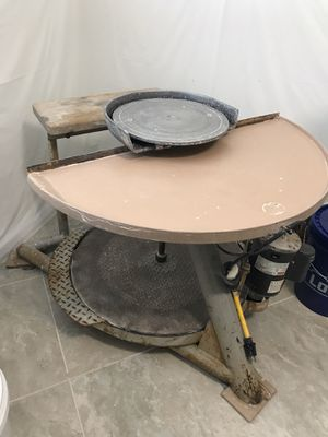 Lockerbie Motorized Pottery Wheel for Sale in Miromar Lakes, FL