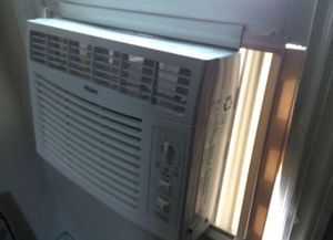 Haier AC window unit for Sale in Darien, CT