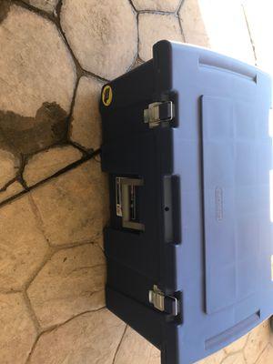 Sterilite storage container like new for Sale in Lodi, CA