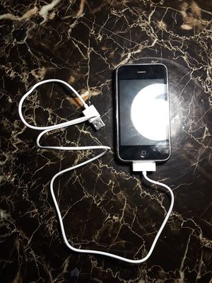 iPhone 2GS (BAD BATTERY) for Sale in Tempe, AZ