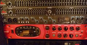 Line 6 pod xt (red) guitar effects for Sale in Raleigh, NC