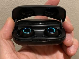 Wireless Bluetooth earbuds , New for Sale in Vancouver, WA
