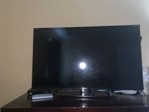 TCL Roku tv 42 inch for Sale in Gastonia, NC