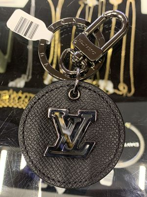 Louis Vuitton Porto Cles Lv Leather Circle Bag Charm for Sale in Las Vegas, NV