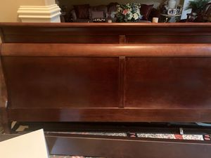 Beautiful king size cherry wood sleigh bed in excellent condition from smoke free pet free home. for Sale in Beaverton, OR