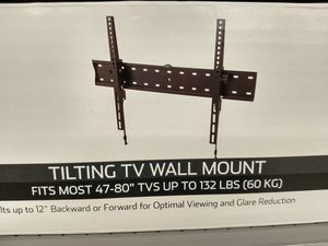 Tv wall mount 40 to 80 inch for Sale in Plano, TX