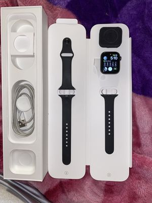 Apple Watch 4 for Sale in Burlingame, CA