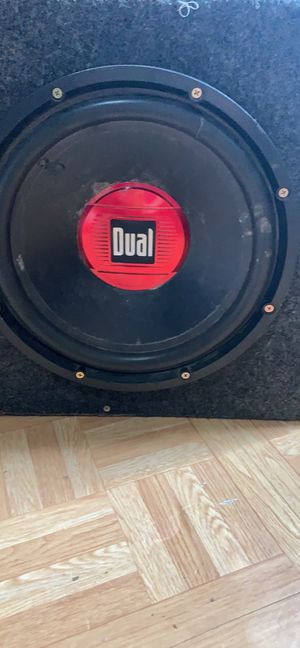 Stereo amp and speaker for Sale in Guysville, OH