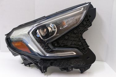 ✅ 2018-2019 GMC Terrian Right Passenger Headlight OEM Xenon Led Broken Tabs for Sale in Hollywood,  FL