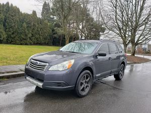 2011 Subaru outback AUTOMATIC 4CYL very clean LOW MILES sport 4wd 4x4 for Sale in Portland, OR
