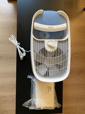 Honeywell germ free cool mist humidifier for Sale in Washington, DC
