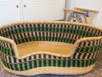Woven Large Pet Bed Basket Handmade Wicker African for Sale in Tacoma,  WA