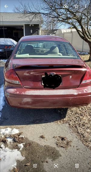 2005 Ford Taurus 4 dr for Sale in Wilmington, IL