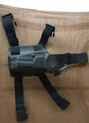 Safariland 9mm Drop Holster for Sale in Alexandria, VA