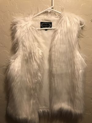 Fashion Fur vest for Sale in Los Angeles, CA
