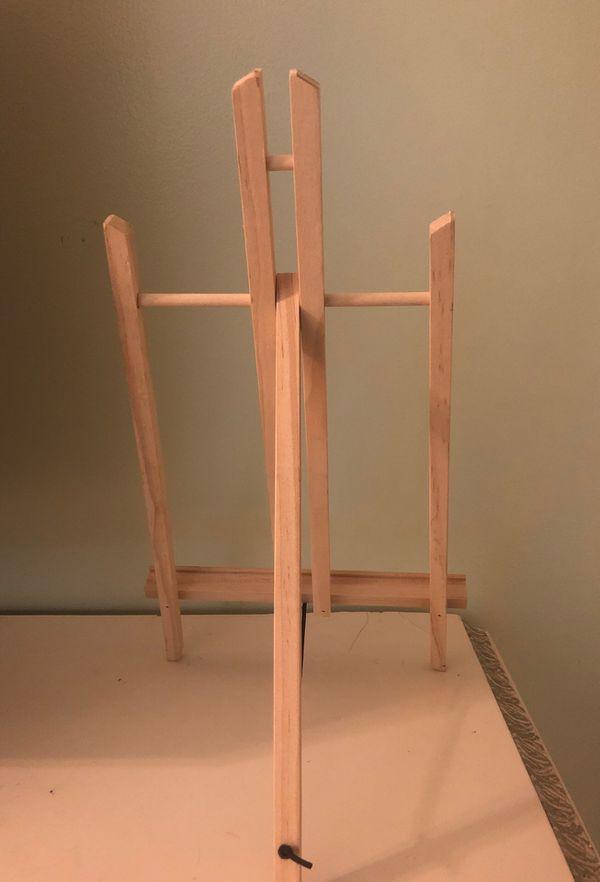 Art stand (New)