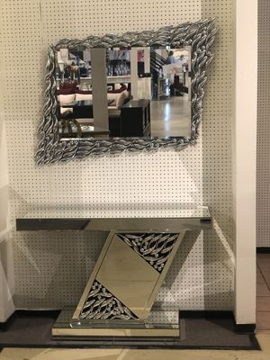 SALE!! Beautiful Mirror and Console Table Set for Sale in Houston, TX