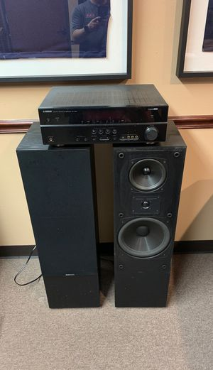 Yamaha receiver with Boston Acoustic speakers for Sale in Dallas, TX