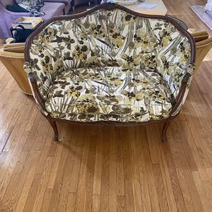 Loveseat Couch for Sale in Los Angeles, CA