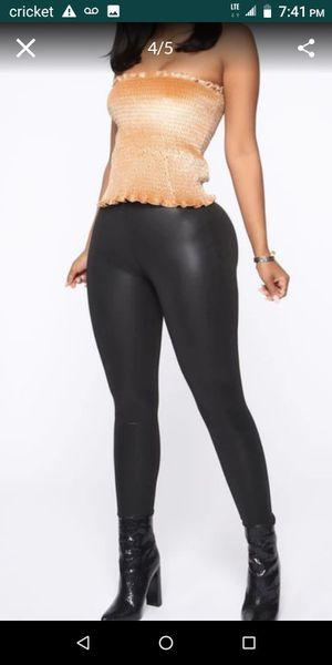 Fashion Nova Faux Leather Leggings brand New / nuevas talla mediana for Sale in Fullerton, CA