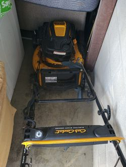 Cub Cadet Electric Start Mower for Sale in Columbus,  OH