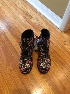 Brand Nee Rain Boots for Sale in Miami, FL
