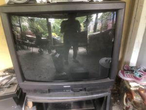 Free box old Tv for Sale in Philadelphia, PA