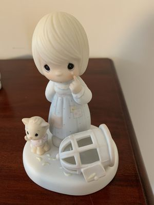 2 precious moments collectible figures dolls for Sale in Sterling, VA