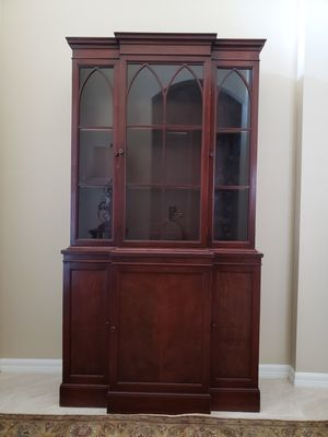 Antique hutch for Sale in Land O Lakes, FL