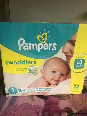 BIG box of Pampers swaddlers size 1 (164 DIAPERS)- -$30 for Sale in Jonesboro, GA