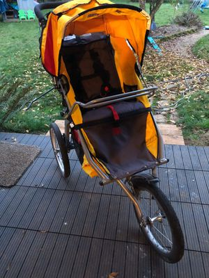 BOB Ironman jogging stroller for Sale in Oregon City, OR