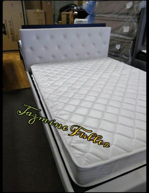 Full size platform bed frame with Mattress included for Sale in Peoria, AZ