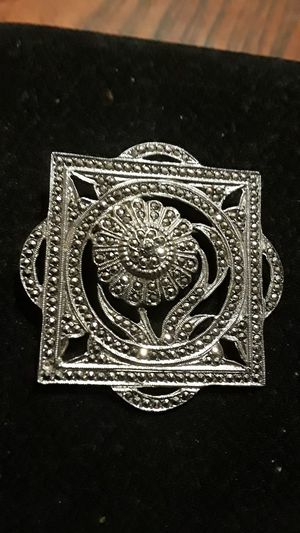 Gorgeous Sterling Silver 925 brooch for Sale in Queens, NY