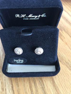 Diamond earrings white 1/10 CTTW SS STUD for Sale in Denver, CO