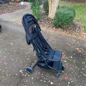 Mountain Buggy Foldable Stroller for Sale in Duluth, GA